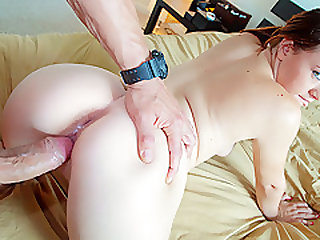 Alisa Ford in Big Assed Girl in the Shower - PervsOnPatrol